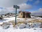 a little emergency hut on the way to Mt Kosciuszko